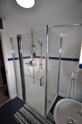 Low Entry Shower Facility